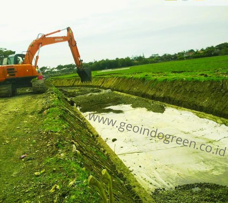 GEOTEXTILE NON WOVEN – PROYEK IRIGASI RENTANG INDRAMAYU 1